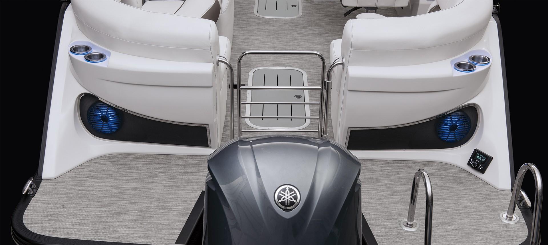 R Bowrider Model