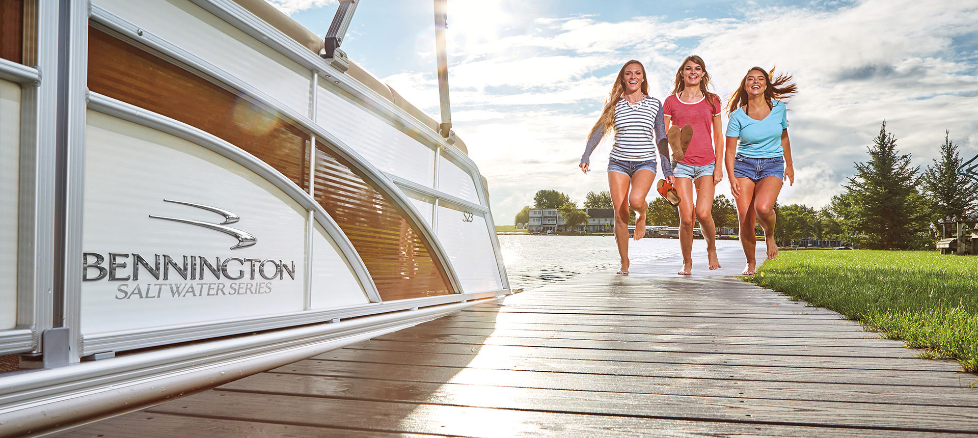 Pic of pontoon boat