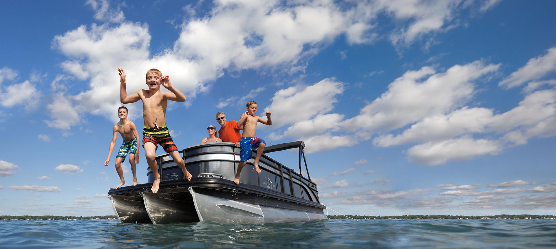 Pic of SX Premium boat