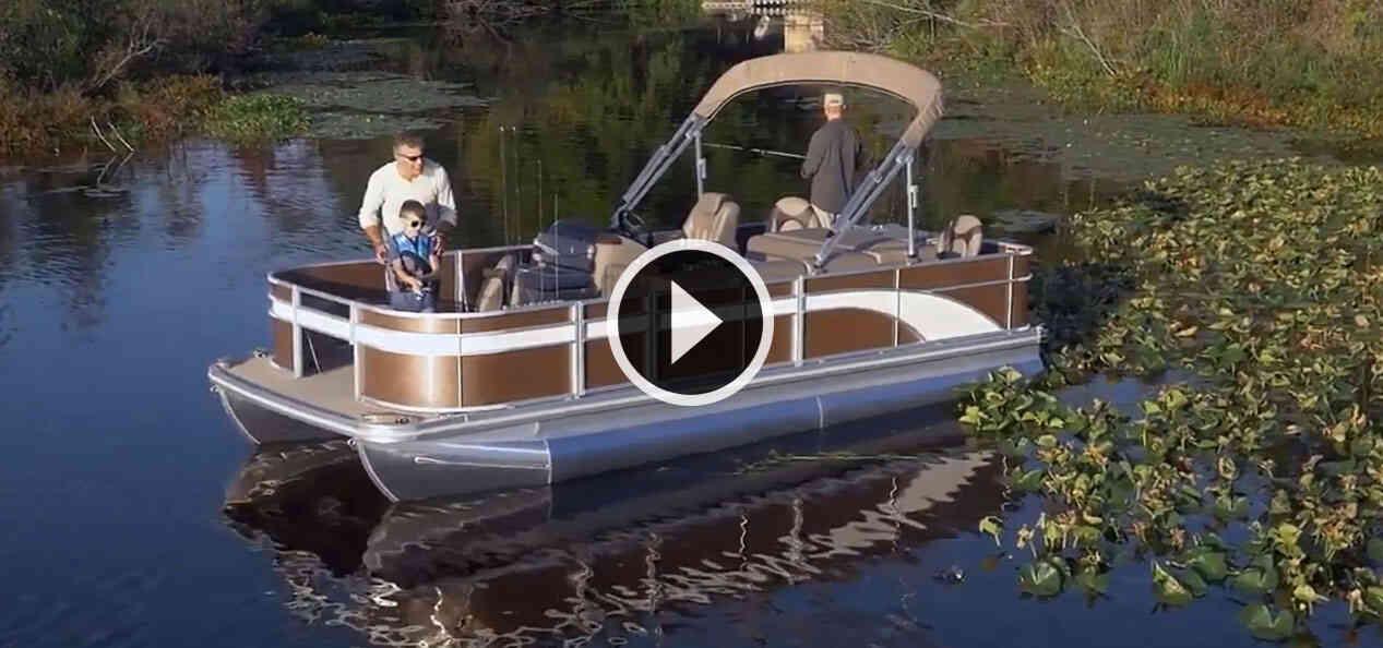 Image of pontoon boat