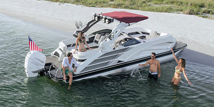 Pic of QX Sport pontoon boat
