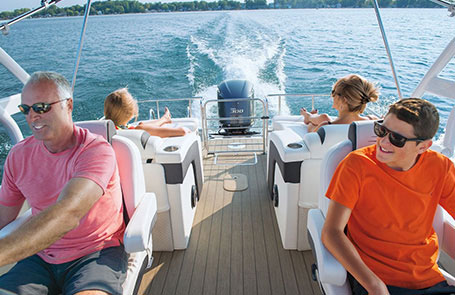 5 Best Illinois Lakes For Pontoon Boating