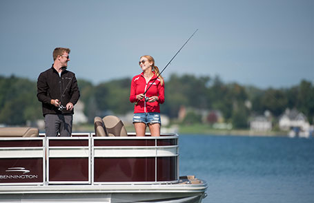 What to Look for When Choosing a Bennington Fishing Boat