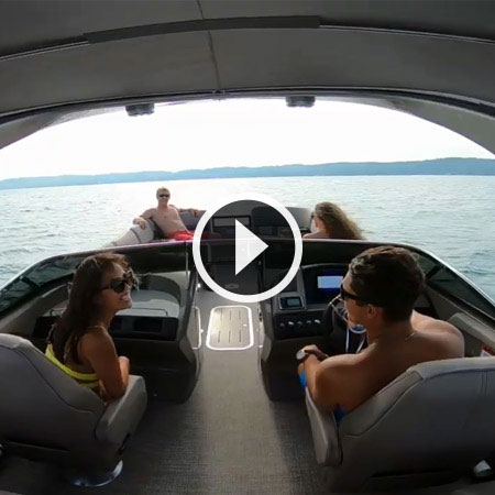 Bennington 2019 R Series Pontoon Boats