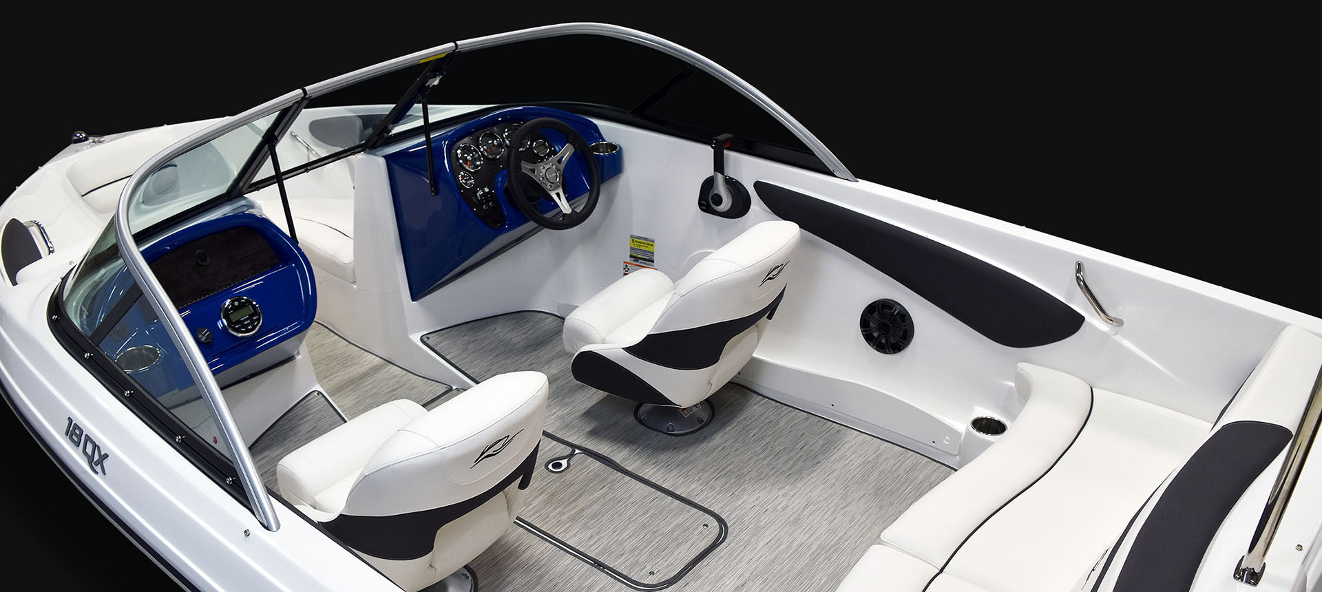 Pic of 18QX Outboard boat interior