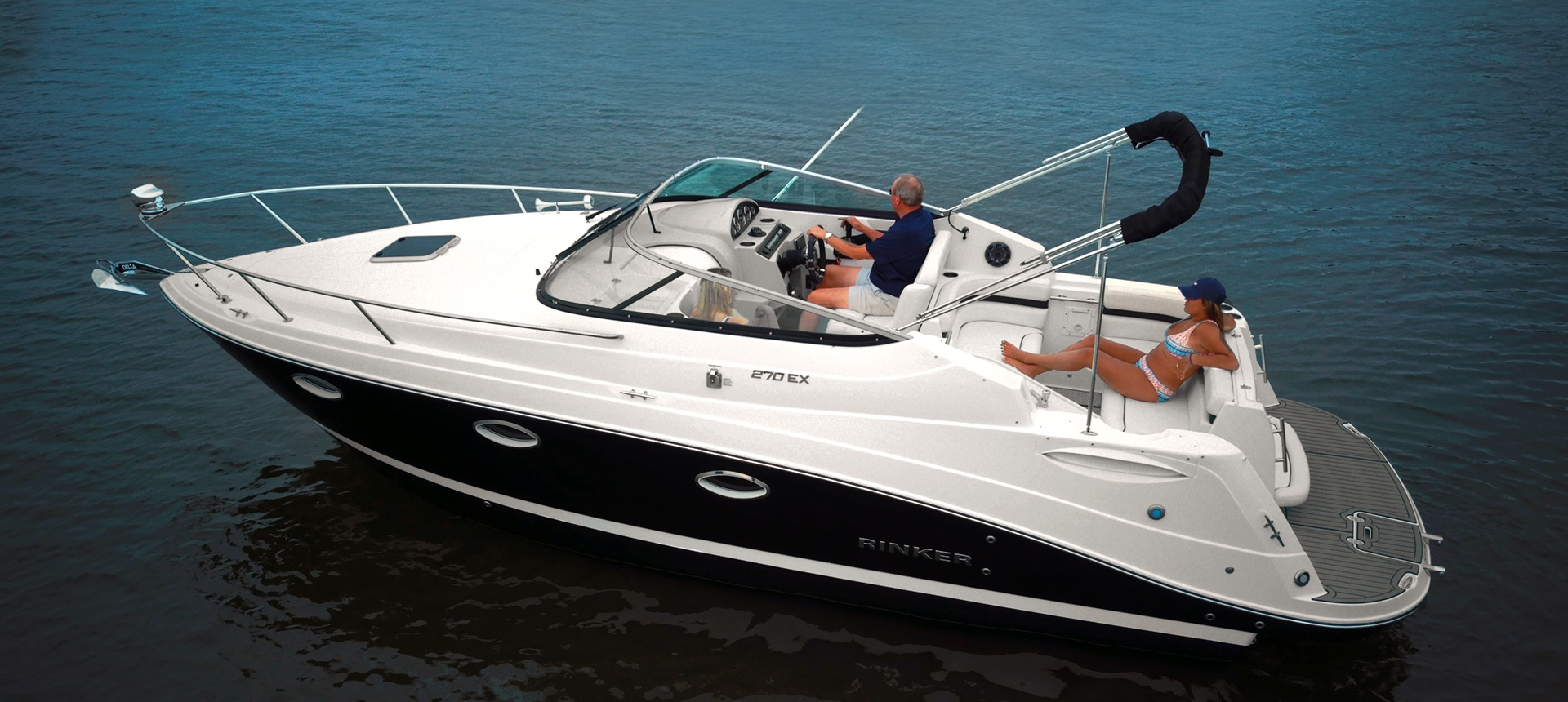 Pic of 270EX boat on the water