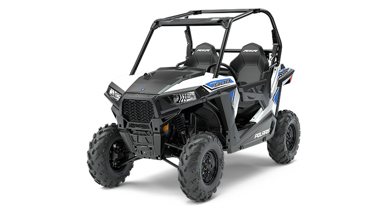 rzr-900-in-mold-white-lightning